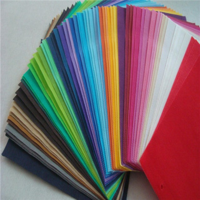 Pp non-woven fabric for cloth or medical textile